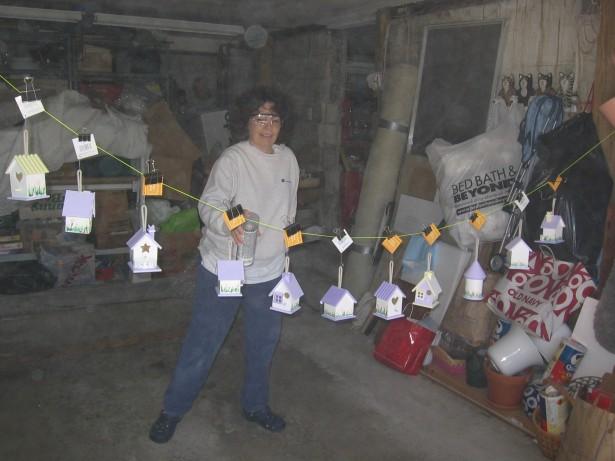 2009-04-04-easter-bird-houses-014