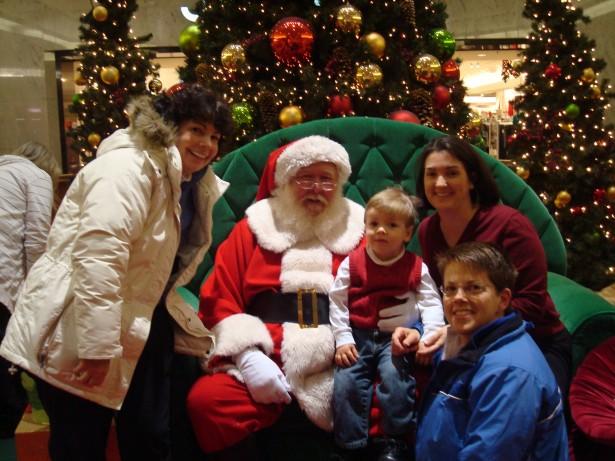 2009-12-22 visit mall Santa 006