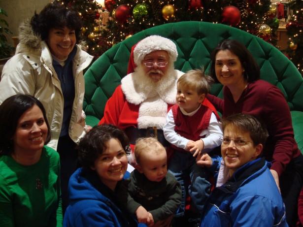2009-12-22 visit mall Santa 008