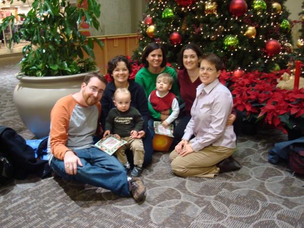 2009-12-22 visit mall Santa 014